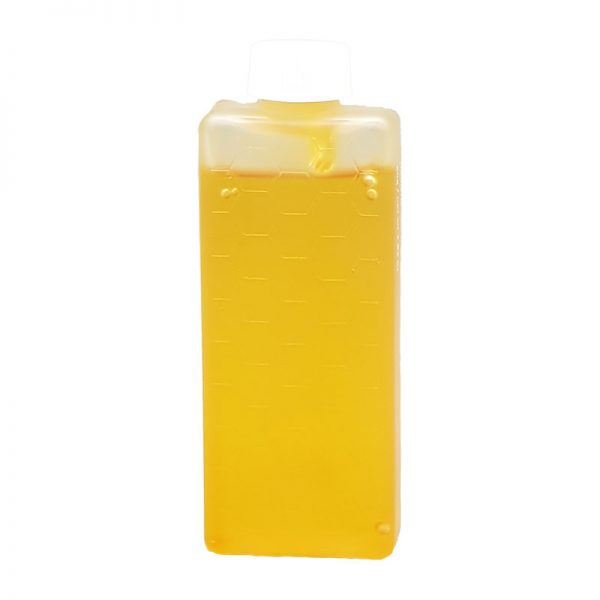 Warm Honey Crème Wax Roller Cartridge. Ideal for normal skin and normal/coarse hair. Paraben Free, Vegan Friendly.