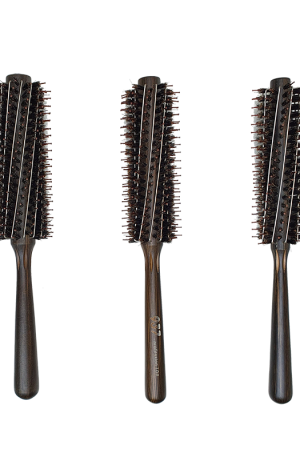 937 Brush. Round comb with long nails. Intimate non-slip design. Metal steel needles increase styling ability. Careful selection of imported wood.